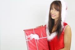 härlig jul som rymmer den aktuella kvinnan Arkivbilder