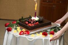 Härlig kaka för årsdagen av 50 år Royaltyfri Fotografi