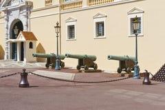 härlig kanon monaco nära slottprince s Fotografering för Bildbyråer