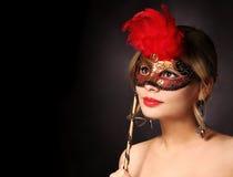 härlig karnevalflickamaskering halloween Fotografering för Bildbyråer