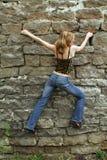 härlig klättringflicka Royaltyfri Fotografi