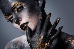 Härlig konstnärlig makeup Arkivfoton