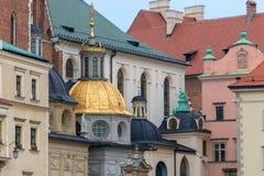 Härlig kupol av den kyrkliga närbilden Royaltyfri Foto