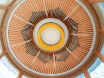 härlig kupol inomhus Arkivfoto