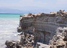 Härlig kust av det döda havet Royaltyfri Foto