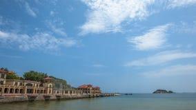 Härlig kustlinje av Weihai royaltyfria foton