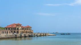 Härlig kustlinje av Weihai royaltyfri fotografi