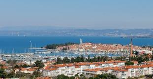 Härlig kuststad Izola - Slovenien fotografering för bildbyråer