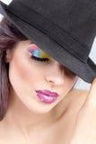 Härlig kvinna, färgrikt smink Royaltyfria Foton