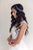 Härlig kvinna för brud i bröllopsklänningen - stil Arkivbilder
