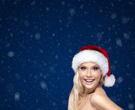 Härlig kvinna i jullock royaltyfri foto