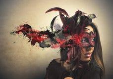 Härlig kvinna i karnevalmaskering Fotografering för Bildbyråer