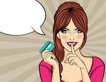 Härlig kvinna i stil för popkonst med kreditkortvisninghanden Arkivfoton