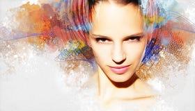 Härlig kvinna, konstverk med färgpulver i grungestil Fotografering för Bildbyråer