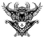 Härlig kvinna med horn hennes huvud royaltyfri illustrationer