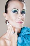 Härlig kvinna med makeup Fotografering för Bildbyråer