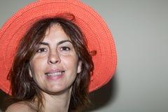 Härlig kvinna som ler - nära övre Arkivfoto