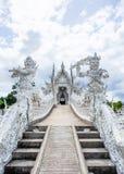 Härlig kyrka av den Wat Rong Khun templet i Chiangrai, Thailand 3 Royaltyfria Foton