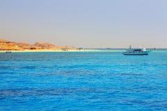 Härlig lagun av Röda havet Arkivbilder