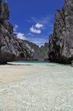 Härlig lagun nära El Nido - Palawan, Filippinerna royaltyfria bilder