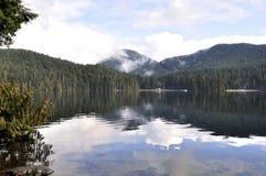 härlig lakesasamatsikt Arkivbilder