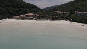 Härlig landskapsikt av den Redang ön stock video