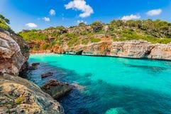 Härlig liten vikstrandCala des Moro Majorca Mallorca Spain royaltyfria foton