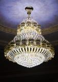 härlig ljuskronakristall Arkivbild