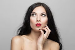 härlig lockig hårkvinna Fotografering för Bildbyråer