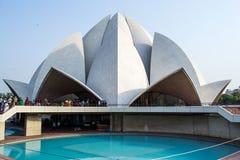 Härlig Lotus tempel i New Delhi royaltyfria bilder