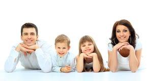 Härlig lycklig familj arkivbild