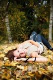 härlig lycklig kvinna för höst Fotografering för Bildbyråer