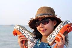 Härlig lycklig ung asiatisk kinesisk kvinna eller flicka Royaltyfria Foton