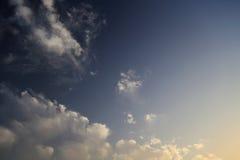 Härlig mörk himmelbakgrund Fotografering för Bildbyråer