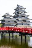 Härlig medeltida slott Matsumoto i den östliga Honshuen, Japan Fotografering för Bildbyråer
