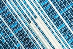 Härlig modell för arkitekturfönsterbyggnad Royaltyfri Bild