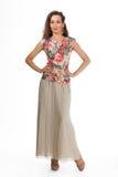 Härlig modell för mode för affärskvinna som isoleras på vit. Fullt s Royaltyfri Foto