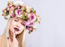 Härlig modell Woman med perfekt makeup royaltyfria foton