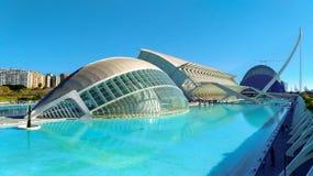 Härlig modern arkitektur av byggnaden i den komplexa staden av konster och vetenskaper i Valencia, Spanien arkivbilder