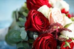 Härlig modern bröllopbukett arkivbild