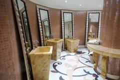 Härlig modern toalett Arkivfoton