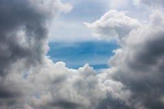 härlig molnig sky Royaltyfri Foto