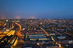 härlig natt för stadsillustrationliggande Royaltyfri Bild
