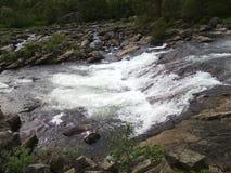 härlig norway vattenfall Arkivbild