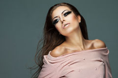 Härlig och glamorös kvinna Fotografering för Bildbyråer