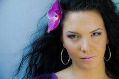 härlig orchidkvinna Fotografering för Bildbyråer