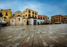 Härlig panorama av Bari Old Town royaltyfri fotografi