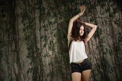 Härlig photoshoot för ung kvinna Arkivbilder