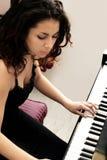 härlig pianist Royaltyfri Fotografi