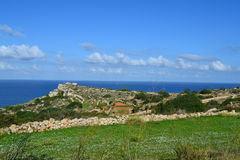Härlig plats i Mellieha i Malta Arkivfoton